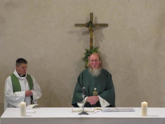 Messe célébrée par le Père Le Blond et le Père Yver